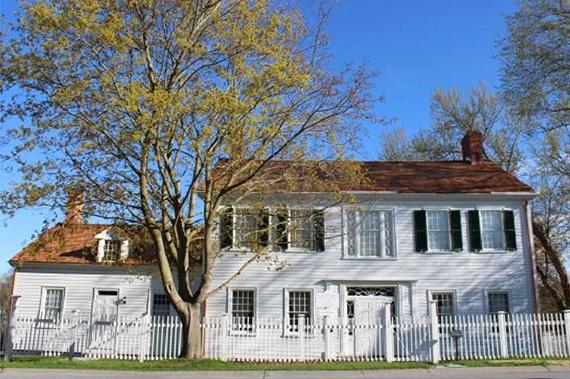 The Allan Macpherson House & Park